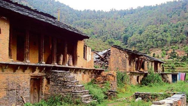 Ruins of a house at a village affected by hill migration in Pauri district.(HT File Photo)