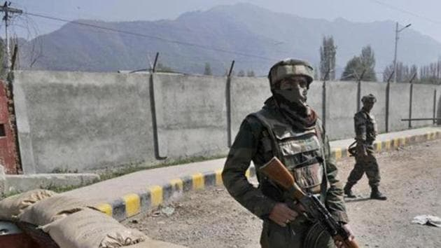 An army official said, prima facie, it seems that Jasbir Singh, after coming back coming from duty, had an argument with the other two soldiers and in a fit of rage he shot them and later himself.(Picture for representation)