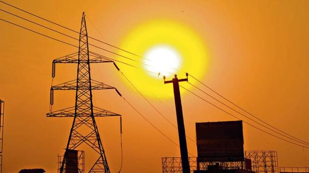 More than 17 million rural households in Uttar Pradesh did not have a formal electricity connection in 2017.(HT Photo)