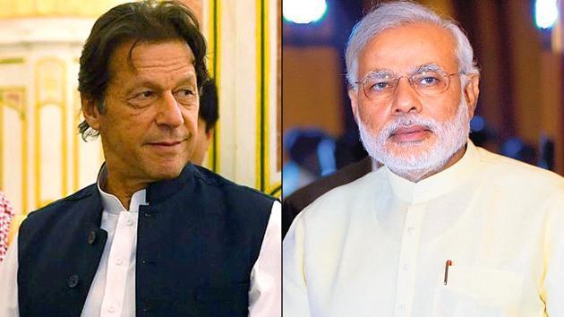 Prime Ministers Imran Khan of Pakistan and India's Narendra Modi(File Photo)