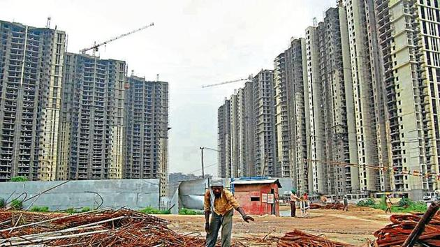 The Imperia Esfera project was launched in 2012 in Sector 37-C and it comprised of around 580 flats in eight towers. The project was to be delivered in three years with a grace period of six months, said buyers.(HT FILE PHOTO)