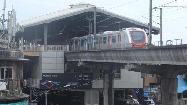 According to Mumbai Metro One Pvt Ltd (MMOPL), the time gap between trains has been reduced from 8 minutes to 5 minutes between 11:30am and 4:30pm.(Pramod Thakur/HT PHOTO)