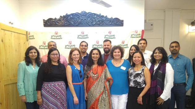 10 Member delegation from Austin visited a boutique in Aundh.(HT PHOTO)