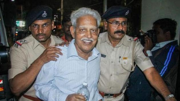 Revolutionary writer P Varavara Rao, arrested in connection with the Bhima Koregaon case, being produced at a court in Pune on Wednesday, Aug 29, 2018.(PTI File Photo)
