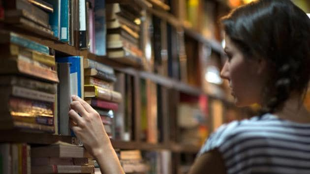 Authors like PL Deshpande, Shankar Patil, Suhas Shirwalkar and Baba Kadam helped publisher gain good margins and retain a steady incomeooks in a library.(HT PHOTO)
