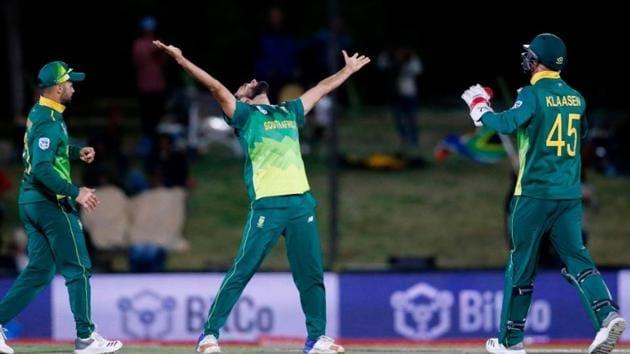 Imran Tahir celebrates after taking a hat-trick against Zimbabwe(ICC/ Twitter)
