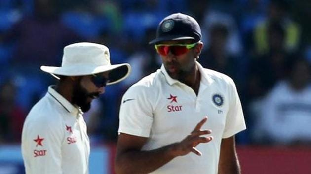 File image of India cricketers R Ashwin and Ravindra Jadeja (L) in action during a Test match.(Getty Image)