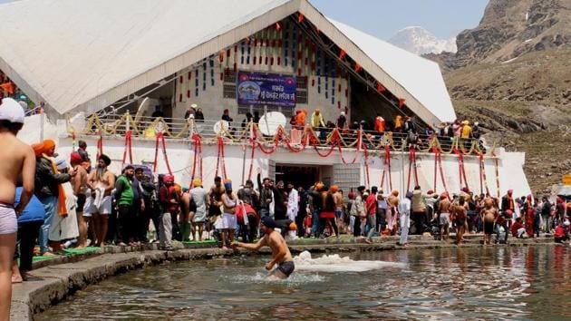 Hemkund Sahib Gurudwara in the Garhwal Himalayas, Uttarakhand. The number of tourists visiting the Sikh shrine and several other tourist places in the state has fallen after the flash floods of 2013.(HT FIle Photo)