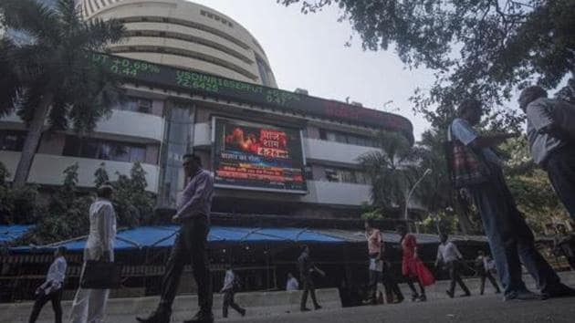 All sectoral indices were trading in the red, with IT, auto, pharma, banking and realty stocks witnessing most losses.(Pratik Chorge/HT File Photo)