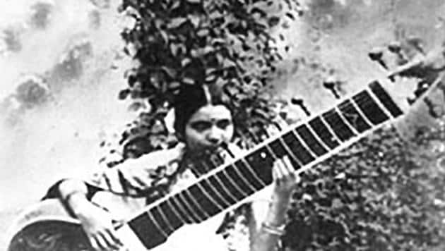 Annapurna Devi started learning the sitar at the age of five .(HT Archive)