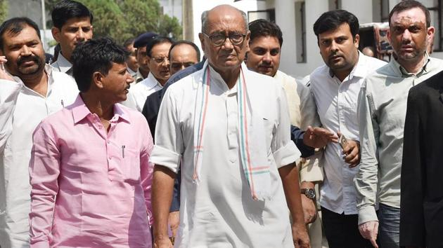 A controversy erupted in poll-bound Madhya Pradesh Tuesday after a video went viral in which senior Congress leader Digvijay Singh is heard saying that his party's votes get reduced if he campaigns for it.(PTI File Photo)