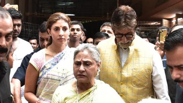 Amitabh Bachchan with wife Jaya Bachchan and daughter Shweta Bachchan Nanda.(Viral Bhayani)
