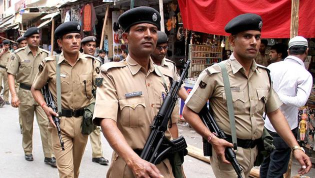 Security forces across Madhya Pradesh were on high alert Saturday following a letter allegedly from the Lashkar-e-Taiba warning of attacks across the state and neighbouring Rajasthan and Gujarat on October 20 and November 9 ( Representative photo)(HT File Photo/Representative image)