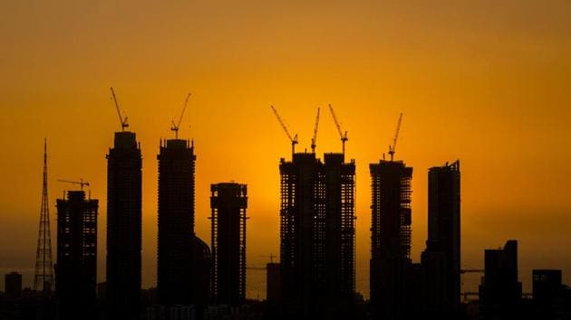 Maharashtra real estate regulatory authority (Maha-Rera) identified 300 projects in Pune and Mumbai, as of May 2018, which were under development but had not got the required approvals from the agencies concerned.(HT representational Photo)