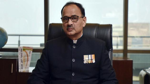 CBI director Alok Verma, in a petition in Supreme Court, challenged the government order that divested him of all charges(Ravi Choudhary/HT File Photo)