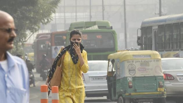 Every year thousands die of pollution-related ailments in Delhi and NCR during the winters when the air is extremely foul(HT/File Photo)