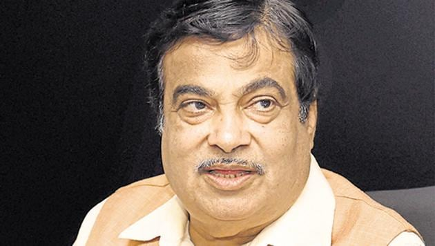 Union road transport and highways minister Nitin Gadkari on Thursday said the Centre was planning a slew of measures like discouraging private cars, encouraging cycling and alternative fuels for pollution-free transportation.(PTI File Photo)