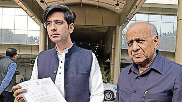 AAP leader Raghav Chadha, along with Rajya Sabha MP ND Gupta, at the police headquarters on Friday(HT Photo)