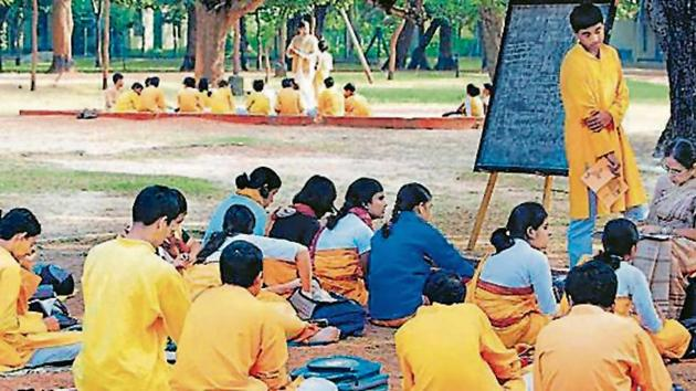 Kala Bhavan, the fine arts school of Visva-Bharati university, is credited with introducing in India an all-inclusive visual culture, combining various forms of fine arts with crafts and blending realism with abstraction..(HT Photo)