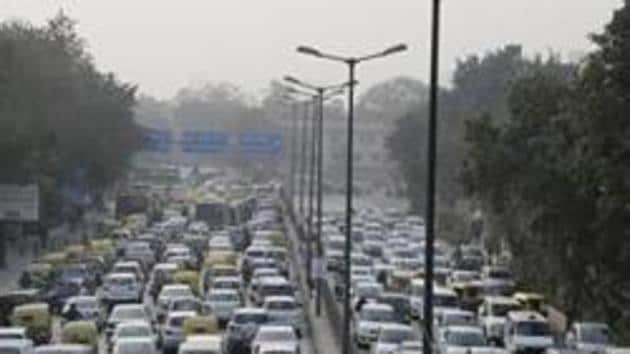 While beginning the drive last month, the transport department had said that in a first, seized vehicles would be directly sent for dismantling. But, as on Friday, none of the 173 vehicles were sent to the scrap yard.(HT File Photo)