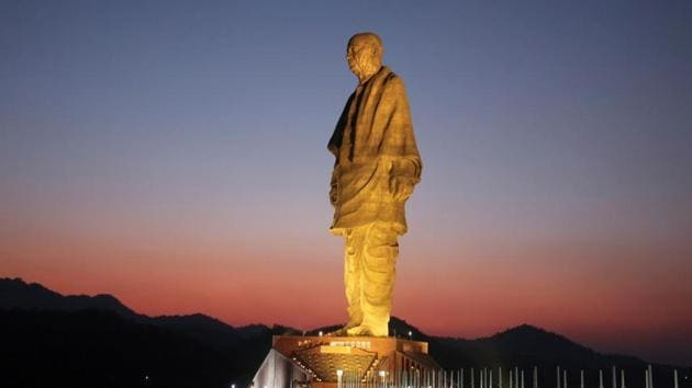 The 182-metre tall Statue of Unity has seen over 1 lakh visitors since it was opened to the public on November 1.(REUTERS)