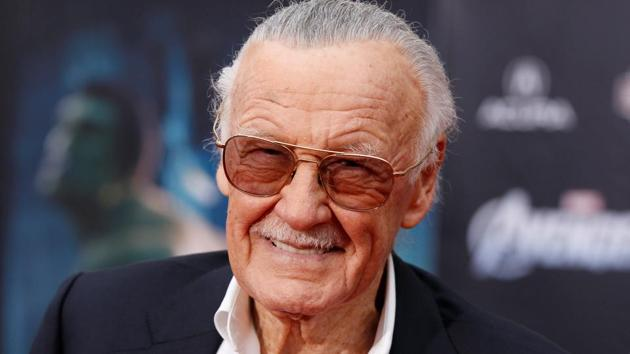"""Comic book creator and executive producer Stan Lee poses at the world premiere of the film """"Marvel's The Avengers"""" in Hollywood, California, April 11, 2012.(Reuters File Photo)"""