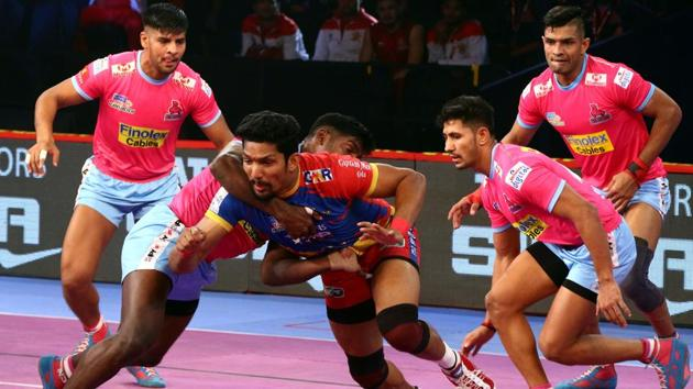 Despite the win Jaipur Pink Panthers are still bottom of the Zone A table.(Pro Kabaddi)