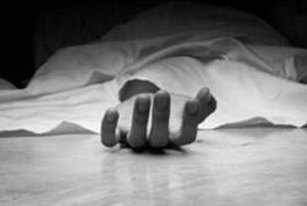 A man in Kolkata has been detained after police found him sitting with the body of his mother who seemed to have died around 18 days back in his house (Representative photo)(Getty Images)