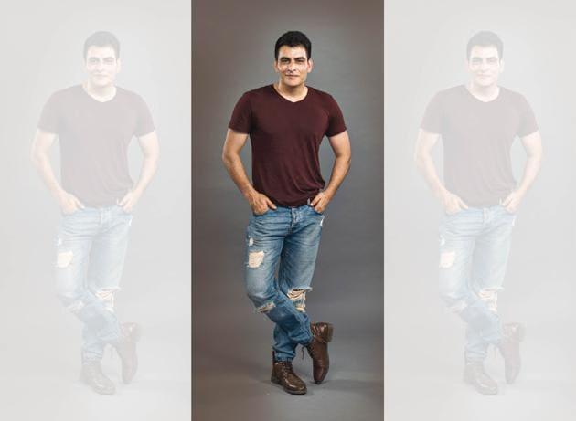 Actor-playwright-director, Manav Kaul is also a published author whose third book Tumhare Barey Main has just hit the stands; T-Shirt and shoes, Zara; jeans: Diesel(Aalok Soni)