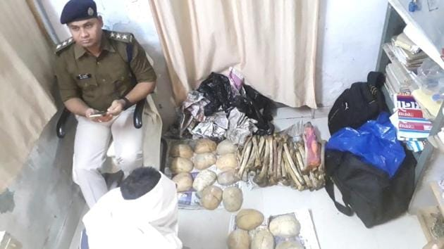 Skeletons recovered by rail police put on display at GRP police station in Chapra, Bihar.(Shahsi Bhushan/ HT Photo)