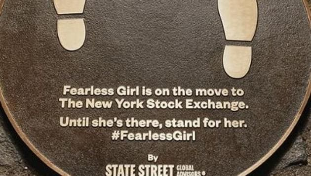 Fearless Girl is moving to NYSE(@earthing_chick / Instagram)