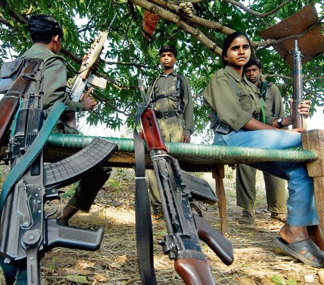 Naxal cadre in the Dantewada district of Chhattisgarh on February 4, 2010.(Tribhuvan Tiwari/Outlook)