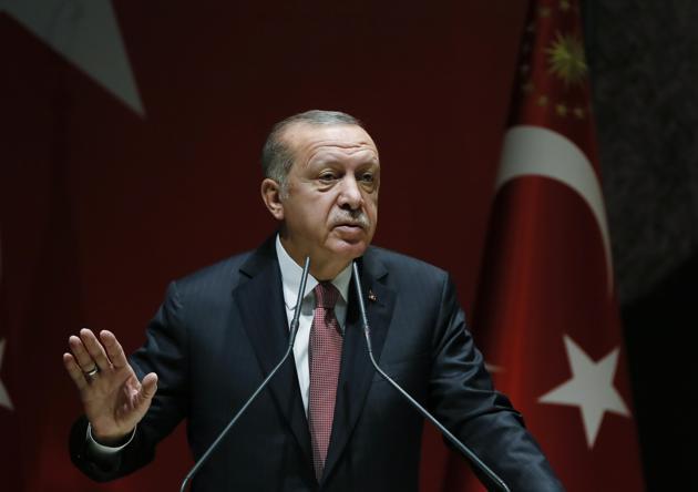 Turkish president Recep Tayyip Erdogan demanded that Saudi Arabia extradite suspects in the killing in Istanbul of journalist Jamal Khashoggi.(NYT)
