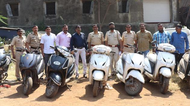 Two and three-wheeler riders accounted for 40% of all traffic deaths in India in 2016.(HT File Photo)