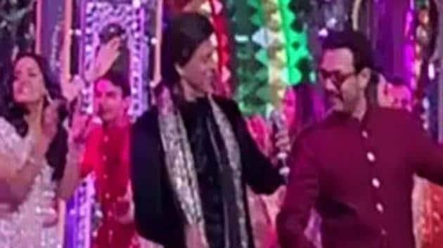 Shah Rukh Khan and Aamir Khan danced together onstage during Isha Ambani's pre-wedding festivities in Udaipur.(Instagram)