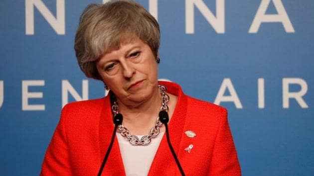 UK prime minister Theresa May is calling off a crucial vote in Parliament on whether to approve her Brexit deal, according to a person familiar with the situation.(Reuters Photo)