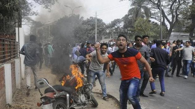 Supporters of opposition Bangladesh Nationalist Party (BNP) set fire to a motorcycle as they protest against a verdict against opposition leader and former Prime Minister Khaleda Zia in Dhaka, Bangladesh, Thursday, Feb. 8, 2018. Image for representation purpose only.(AP file photo)