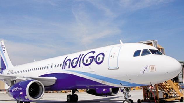 An Indigo flight from Jaipur to Kolkata made an emergency landing at Kolkata after reporting a smoke alert (File photo)(HT)