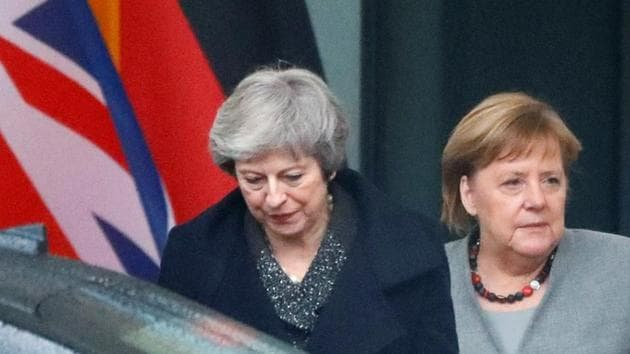 British Prime Minister Theresa May leaves after a meeting with German Chancellor Angela Merkel at the Chancellery in Berlin, Germany December 11, 2018. REUTERS/Fabrizio Bensch(REUTERS)