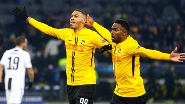 Young Boys' Guillaume Hoarau celebrates scoring their second goal with Ulisses Garcia(REUTERS)