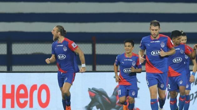 Erik Paartalu of Bengaluru FC celebrates the goal with team players during match 56 of the Hero Indian Super League 2018 ( ISL ) between Bengaluru FC and ATK held at the Sree Kanteerava Stadium.(ISL)