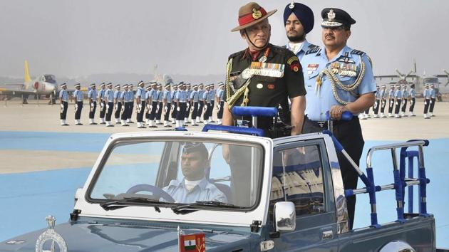 The Indian Army is mulling recruiting women for the military police, General Bipin Rawat said.(PTI)