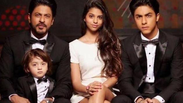Shah Rukh Khan with children Suhana Khan, Aryan Khan and AbRam.
