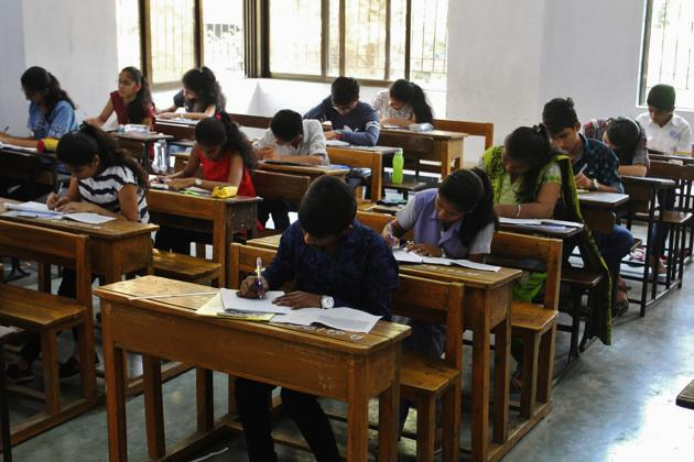With SNAP, finally the 2018 season saw its first 'easier than last year' exam. The paper was more in tune with the kind of papers seen pre-2016.(Praful Gangurde/HT file)