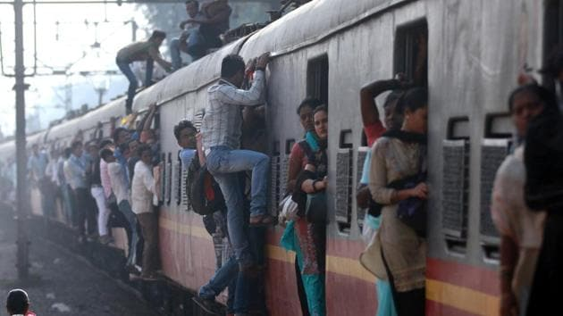 Disabled teen pins down man who molested her on Mumbai local train