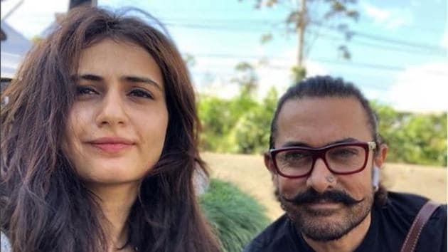 Fatima Sana Shaikh and Aamir Khan pose for a selfie.