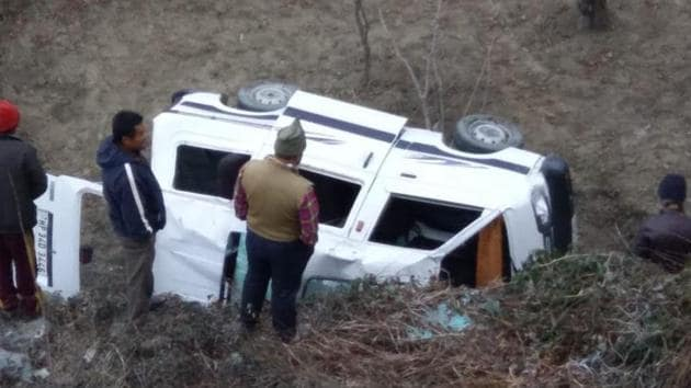 Four tourists from Haryana died on the spot when the car they were travelling in fell into a deep gorge near Theog, 30 kilometres from the Himachal Pradesh capital Shimla.(ANI/Representative Image)