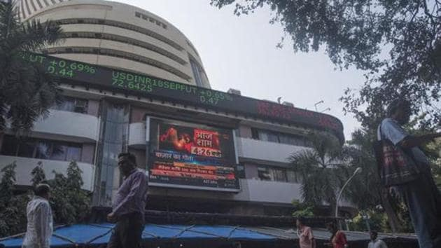 BSE benchmark Sensex rallied 391 points and NSE Nifty reclaimed the 10,800 level Thursday on positive cues from Wall Street as US stocks recovered from heavy losses.(HT File Photo)