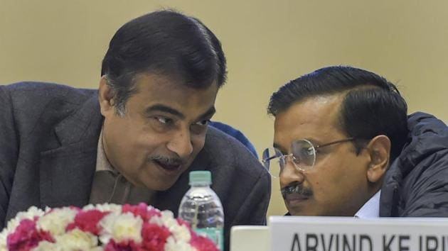 Gadkari and Kejriwal were participating in a high-security function of the central government at Vigyan Bhawan to lay the foundation stone of nine projects for Yamuna Rejuvenation under the Namami Gange Programme.(PTI)