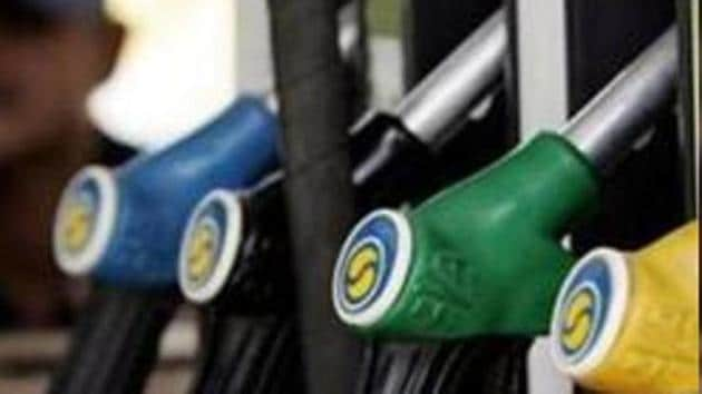 US oil prices rose on Friday to claw back some of the ground they lost in the previous session. (Representational Image).(AFP)